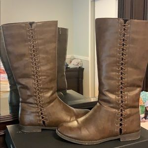New Kenneth Cole brown boots